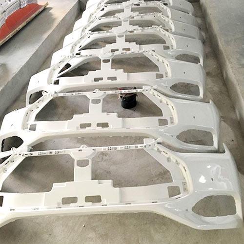 Vacuum casting prototype on car bumper